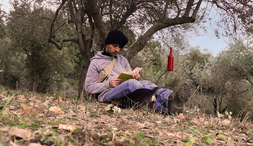 leggendo-rossa2